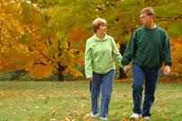 couple-walking-thumb200